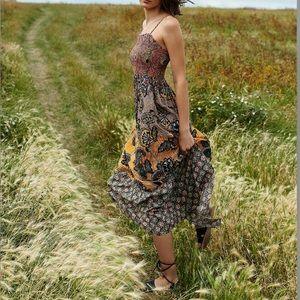 NWT Anthropologie Jamila Smocked Maxi Dress Medium